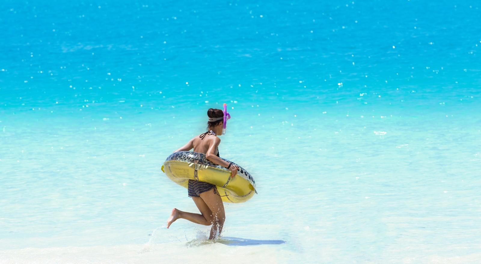 海やプールで日焼け